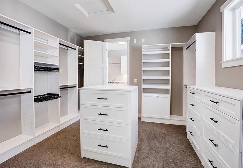 Walk-in Closet with storage