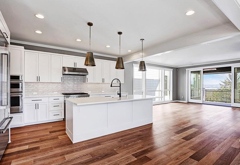 Kitchen & Pendant LIghting