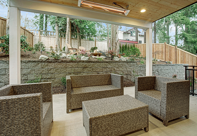 Pembrooke I Covered-Outdoor-Living