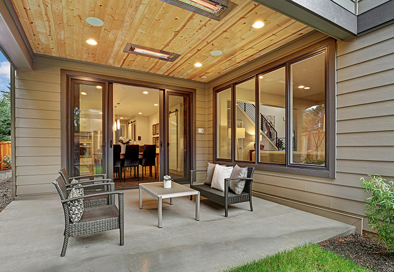 Covered-Outdoor-Patio with ceiling heater