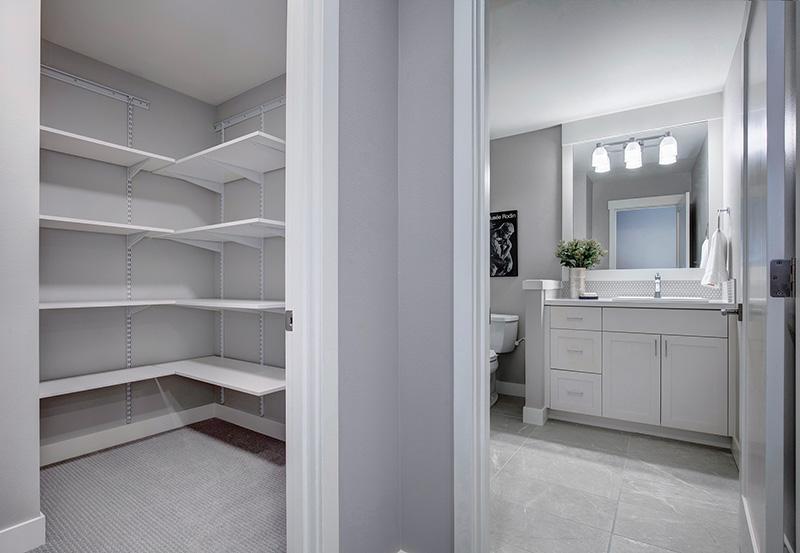 Pembrooke I Lower-Bath_Closet