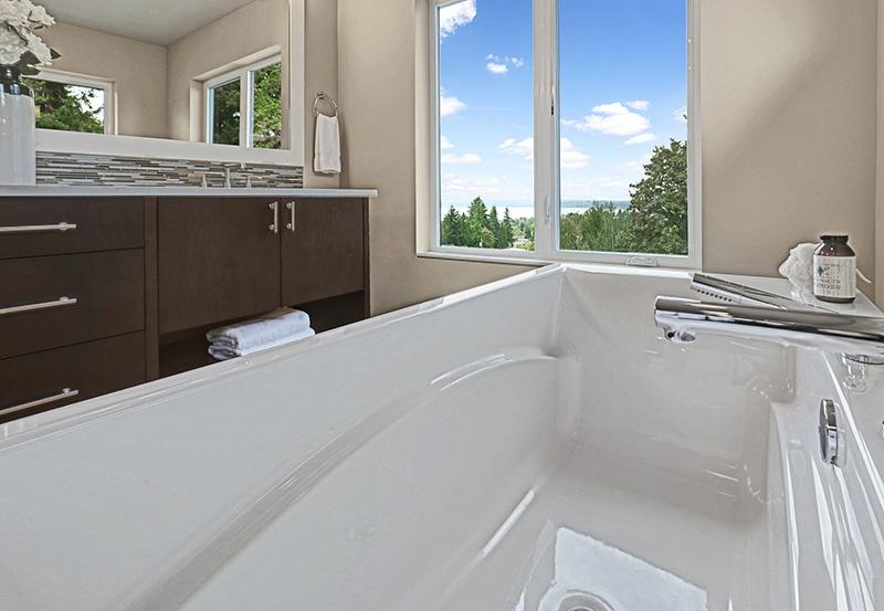 CityVue II Master Bath