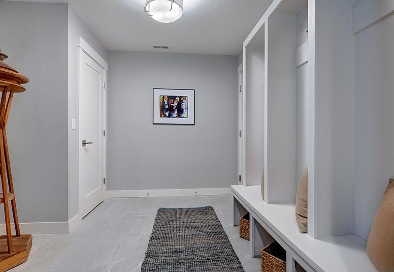 Pembrooke I Mud-Room
