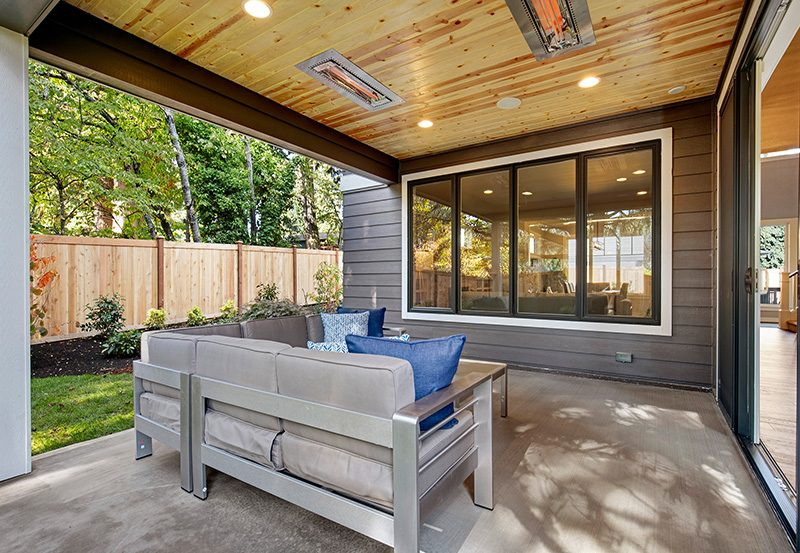 Upton II Outdoor-Patio