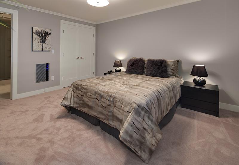 Lake View Manor Bedroom