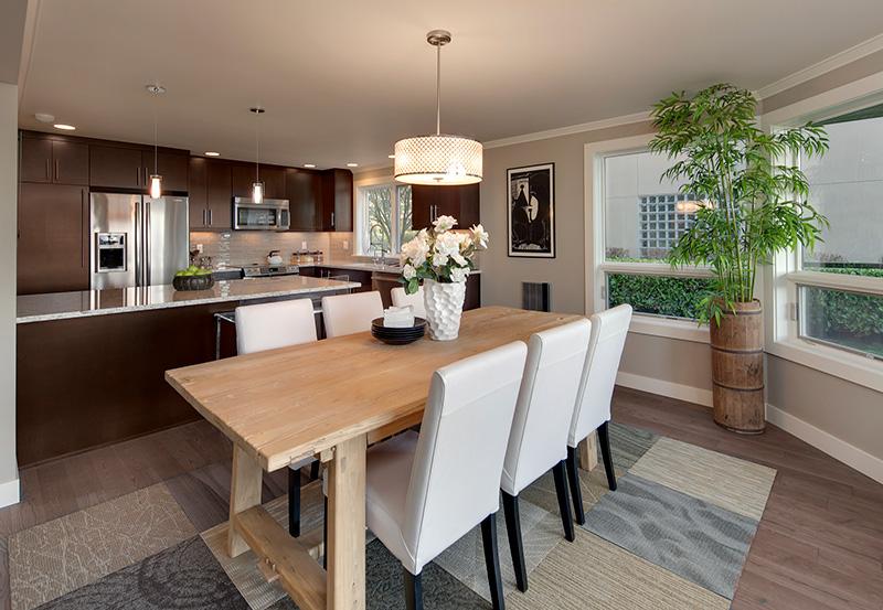 Lake View Manor Dining-Kitchen