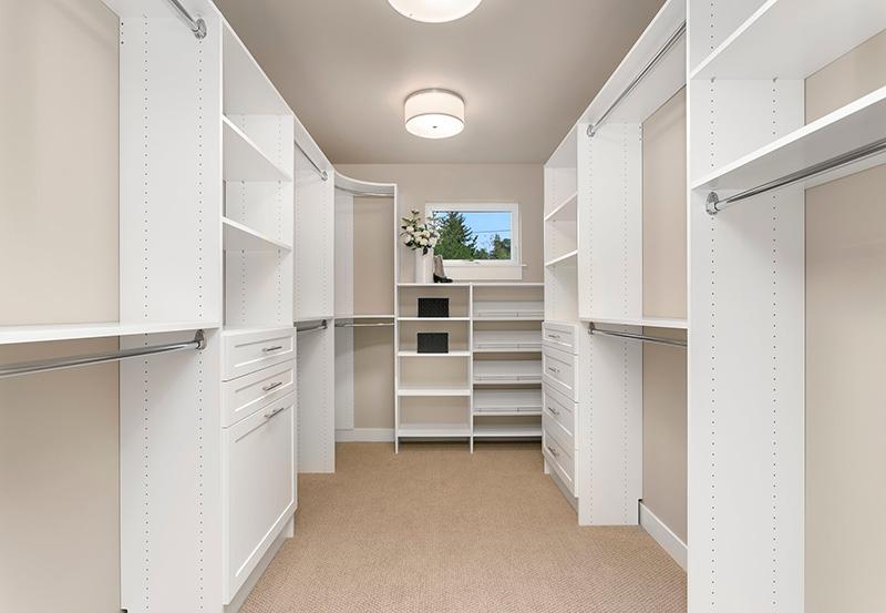 1805 Master Walk-in Closet