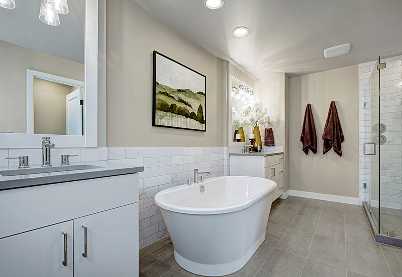 1805 Master-Bathroom